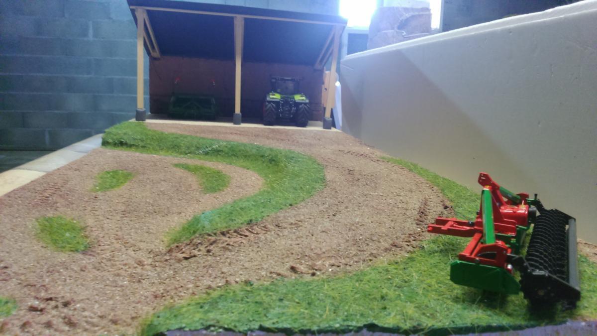 Diorama hangar mat riels 1 32 autre elements de d cors occasion - Vide hangar materiel agricole occasion ...