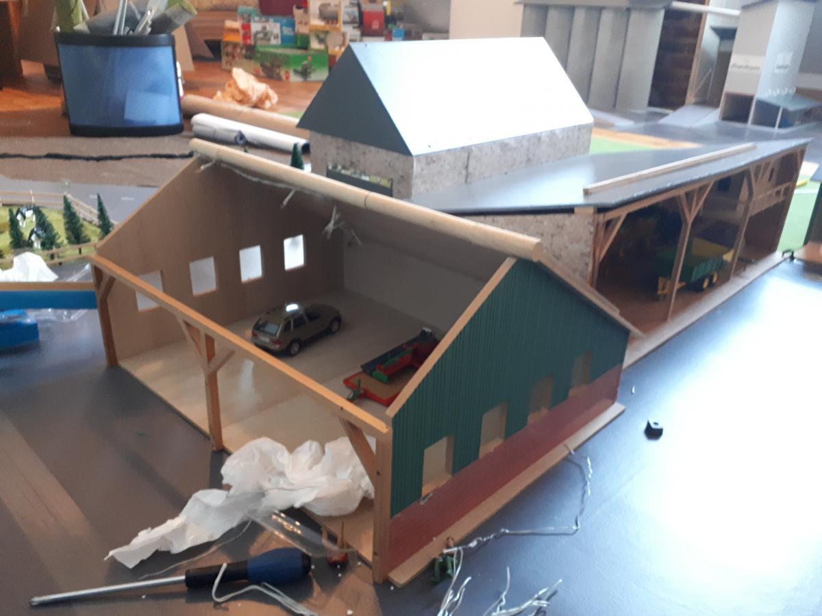 hangar en bois kids globe batiments occasion. Black Bedroom Furniture Sets. Home Design Ideas