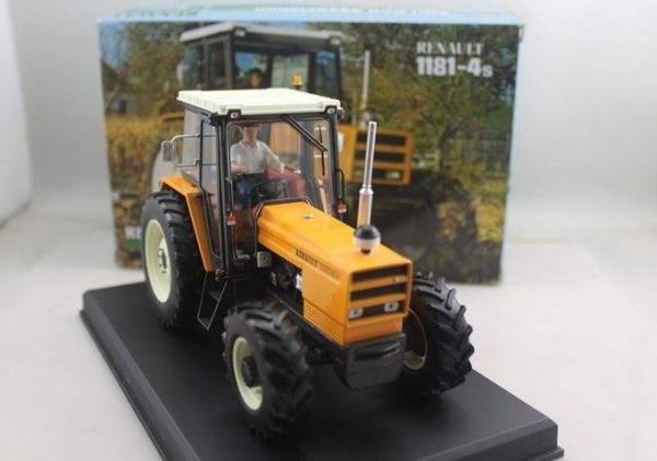 tracteur renault 1181 4s 39 chartres 2016 39 replicagri tracteurs simples universmini. Black Bedroom Furniture Sets. Home Design Ideas