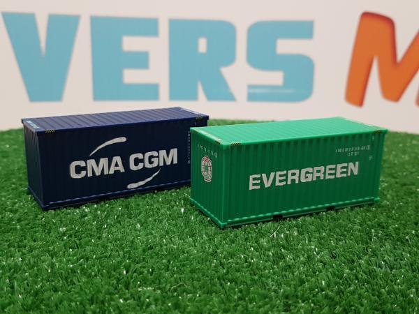 2 Behälter 20 'Evergreen und CMA-CGM