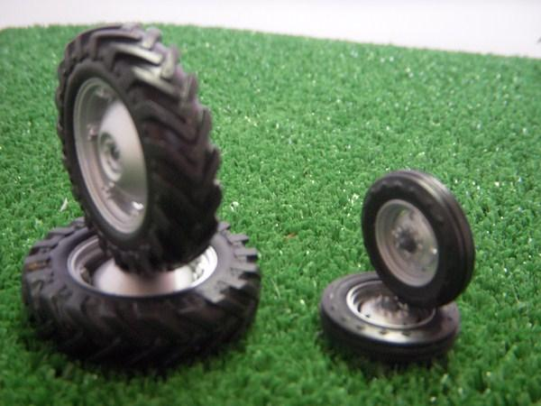 pneu tracteur massey 35. Black Bedroom Furniture Sets. Home Design Ideas